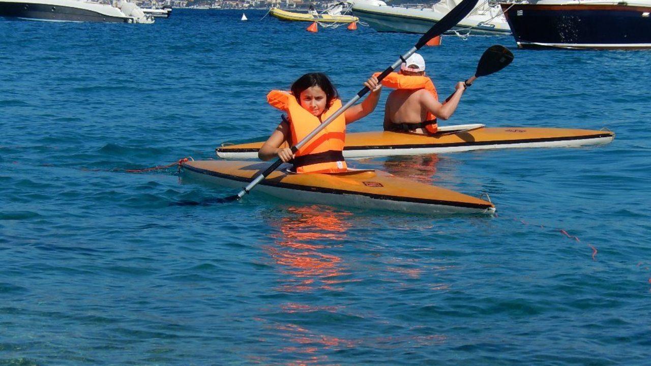 La-canoa-alla-piscina-VITTORIO-MAGAZZU-1-e1594556442139-1280x720